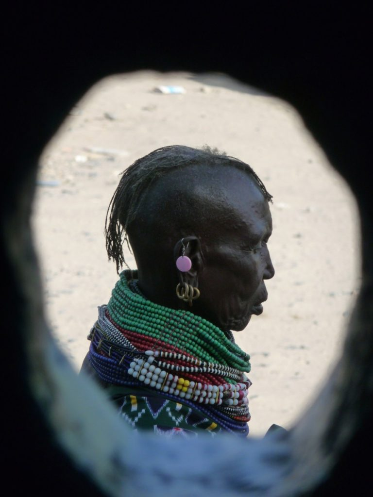 Turkana lady. ©Bunch of Backpackers.