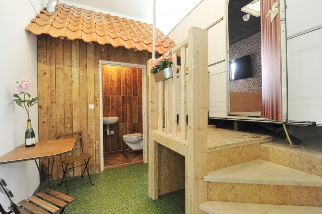 De caravankamer van het Kingkool hostel. ©Kingkool.