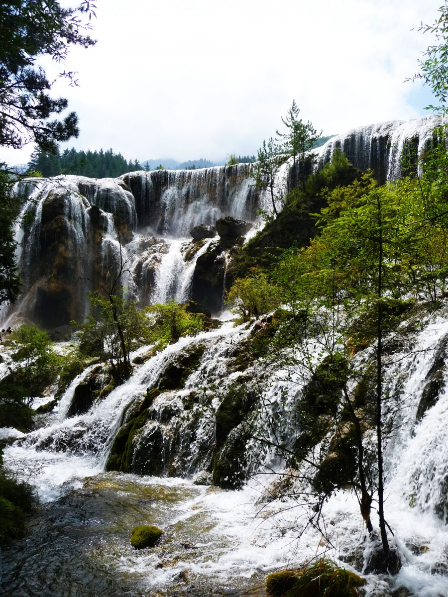Waterfall beautiful Jiuzhaigou