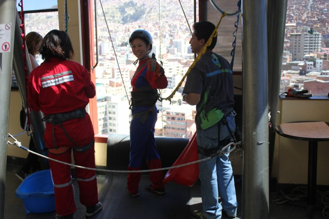 Face First abseiling. ©Bunch of Backpackers