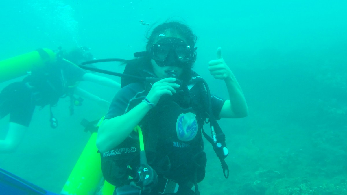 Diving in Hikkaduwa