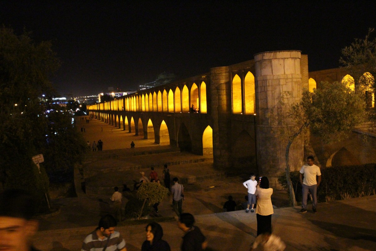 Esfahan bridge. Iran 2016. Photo by Bunch of Backpackers