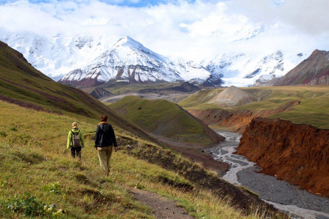 sary-mogol-3-peak-lenin-kyrgyzstan-by-bunch-of-backpackers