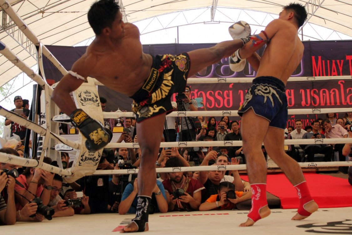 K1-champion Buakaw in action. ©Bunch of Backpackers.