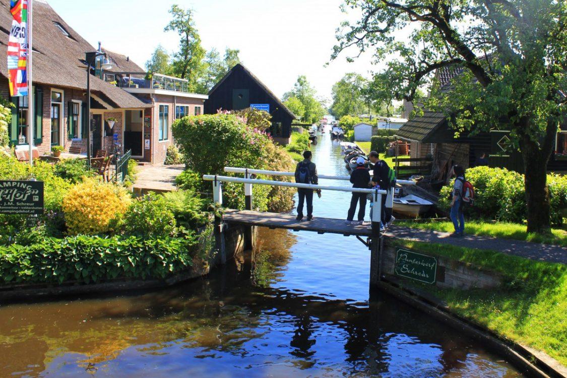 Canals Giethoorn
