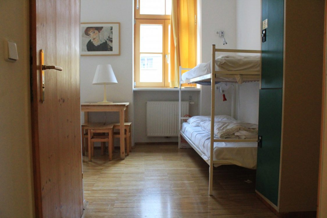 Room Ruthensteiner