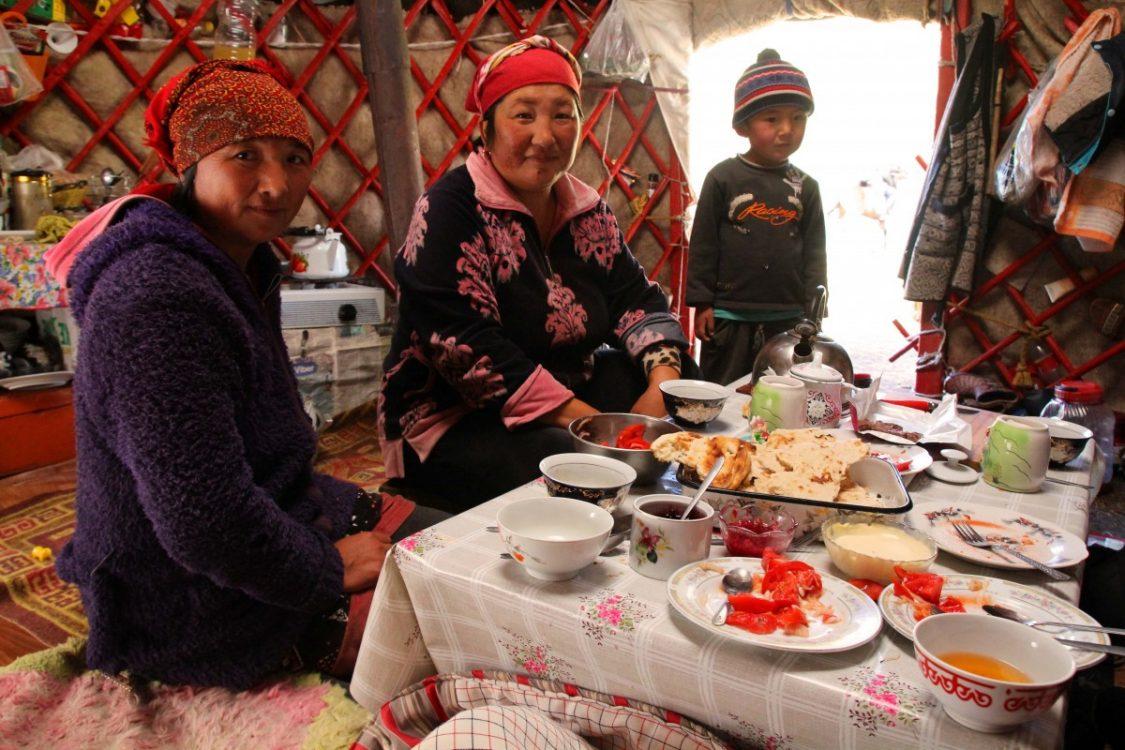 dinner-kol-ukok-kyrgyzstan