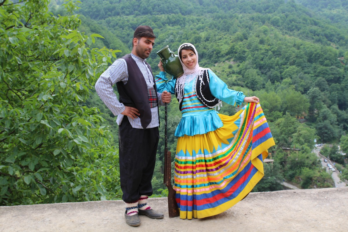 Newly weds in traditional clothing! Iran 2016. Photo by Bunch of Backpackers