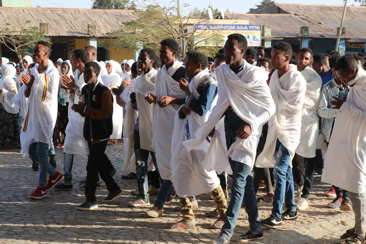 Whites masses in the streets of Aksum. Timkat festival Ethiopia. Copyright Bunch of Backpackers