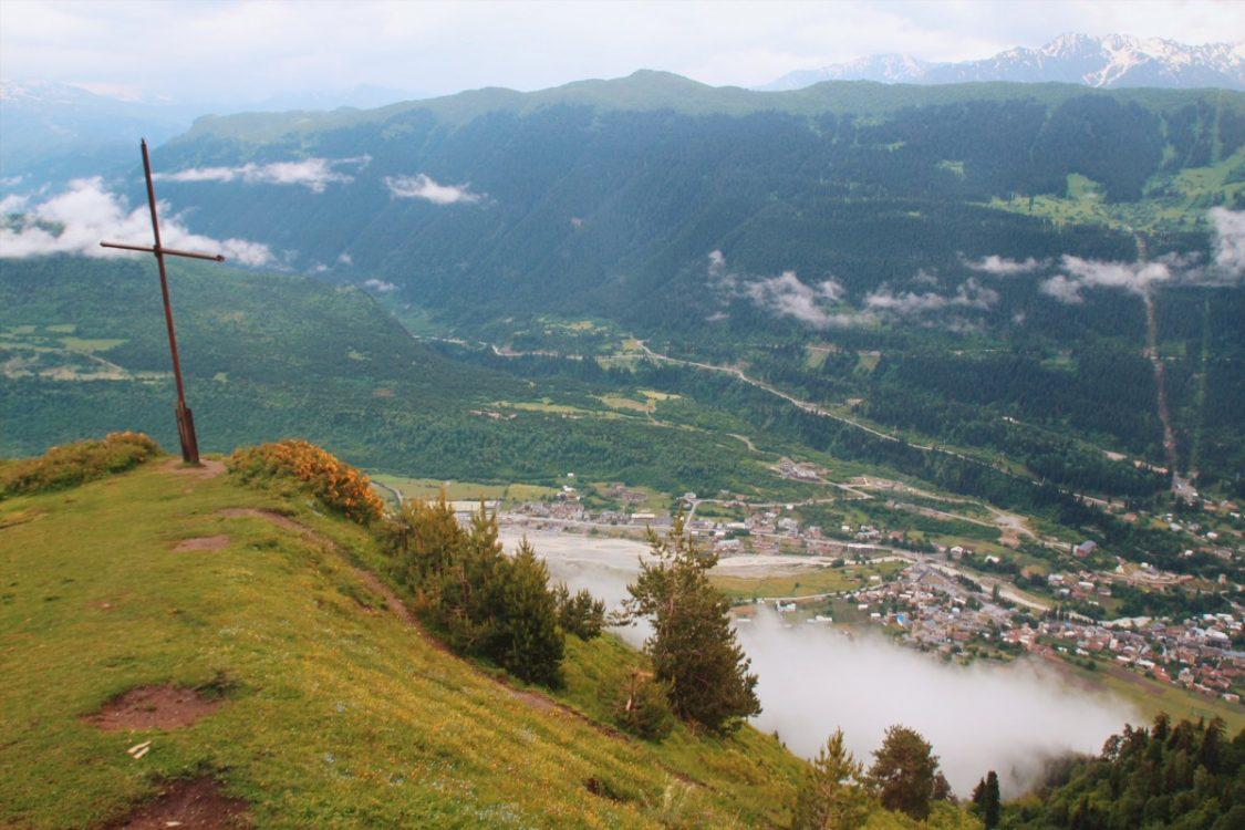Caucasus trekking guide Mestia cross